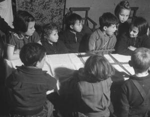 Children celebrating Hanukkah (1945)